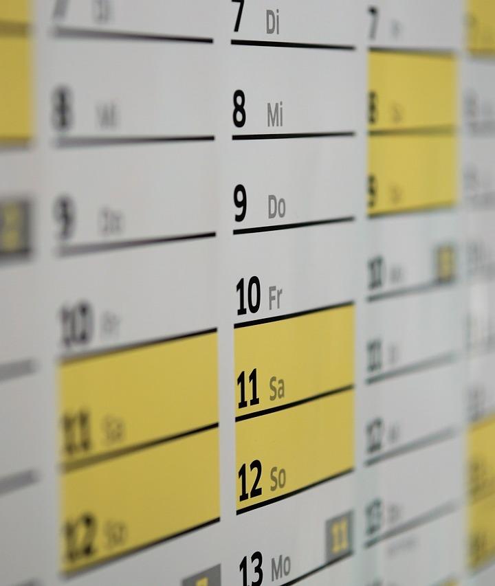 calendar-1990453_750x900_cr